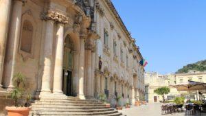 Sicilië - kerk plein