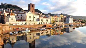 Bosa stadje Sardinie